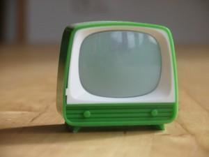 Spielzeugfernseher als Symbol für Videos